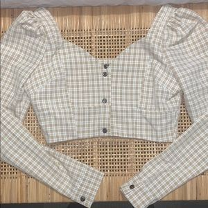 Plaid cropped long sleeve top